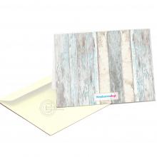 Geboortekaart met wood achtergrond.