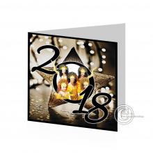 Stijlvolle  vierkante Nieuwjaarskaart met groepsfoto verwerkt in ster.